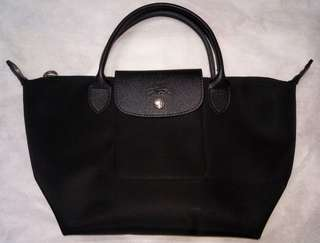 Authentic Longchamp Black SMALL short handle