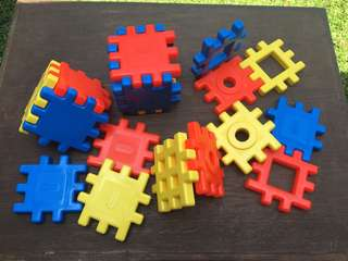 Little Tikes Wee Waffle building blocks Vintage