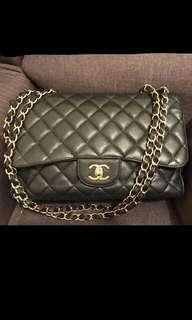 Chanel Jumbo in black caviar GHW single flap