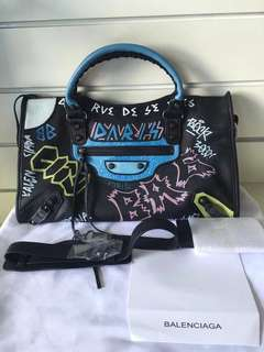 Balenciaga CLASSIC CITY GRAFFITTI