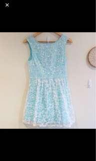 Lace dress size s