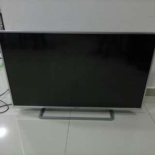 """Panasonic Tv 42"""" Screen Rosak"""