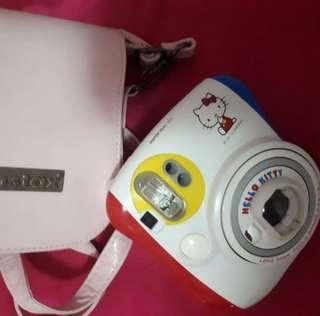 Instax Mini 25 Hello Kitty Limited Edition