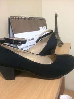 Black straps shoes