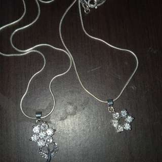 Silver necklace 🌸