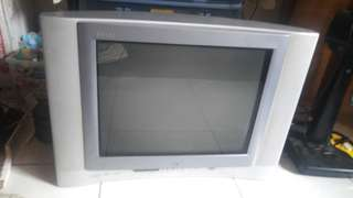 Preloved jvc television with back