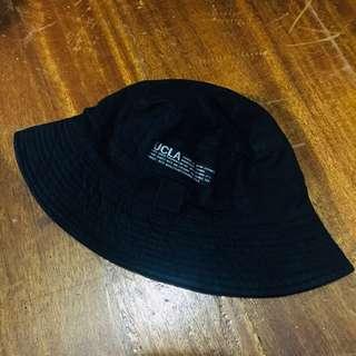 🚚 漁夫帽黑