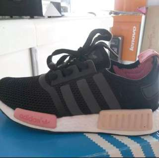 INSTOCK Women's Pink Sports Shoes