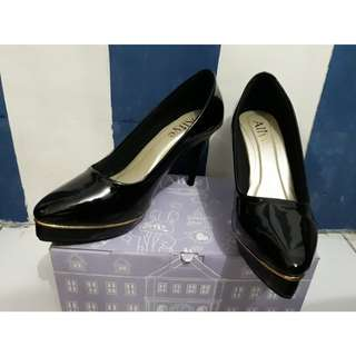 High Heels Black from BERRYBENKA