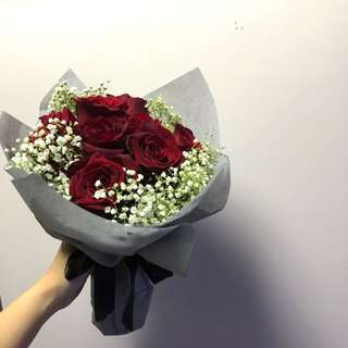 Bouquet/rose/proposal/wedding/babybreath
