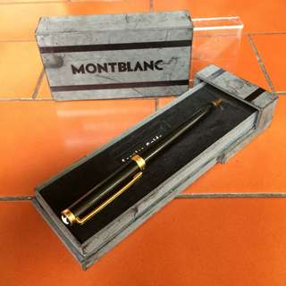 Pulpen Montblanc Black Gold