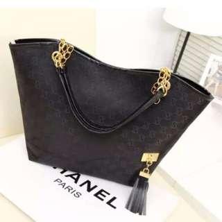 fashion bag black color