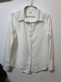 🚚 白襯衫