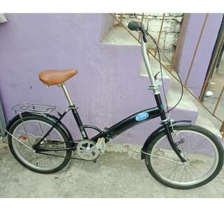 BEEM BLACK FOLDING BIKE (FREE DELIVERY AND NEGOTIABLE!)