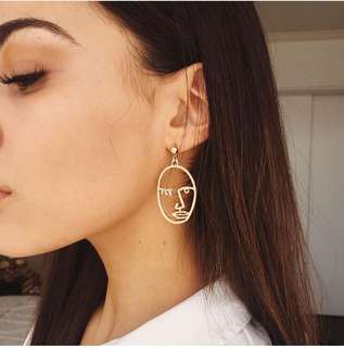 Pablo Picasso face earrings