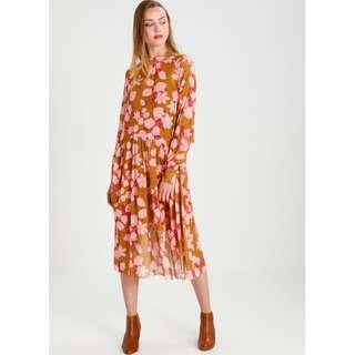 🚚 全新 含吊牌 丹麥 北歐 品牌 復古 印花 長袖 過膝 洋裝 長洋裝 歐美 優雅