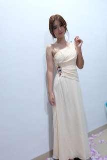Creamy long dress
