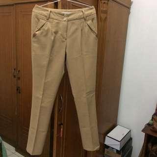 Body & Soul Brown Pants