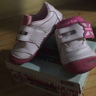 rubber shoes for toddlers