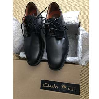 Clarks Black Leather Dress Shoes - Size 10