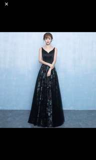 BNWT - Sexy Elegant black Evening Gown