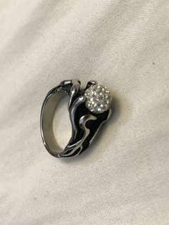 Black steel diamond Ring (siZe 9)