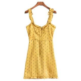 🚚 OshareGirl 05 歐美女士復古波點印花荷葉肩帶造型連身裙洋裝