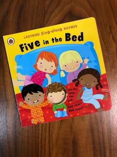 Ladybird Sing-along Rhymes - Five in the Bed