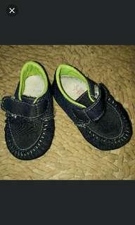 sepatu baby 12-18mo