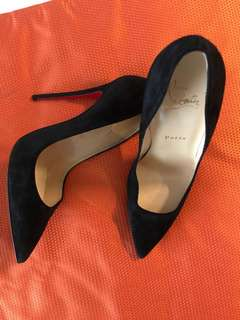 Christian Louboutin ( preloved )