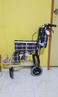 Travelling foldable and light wheelchair 6.5kg