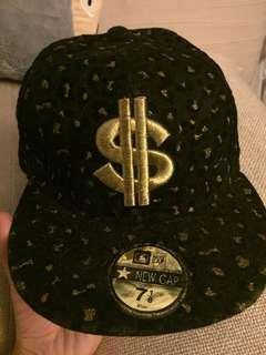 $ VELVET CAP