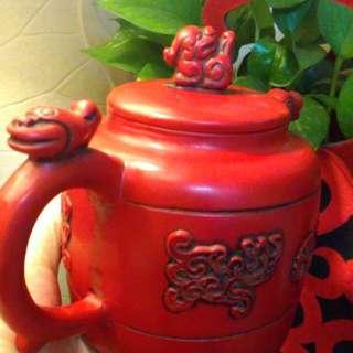 罕見山珊瑚貔貅大茶壺擺件。嬌豔紅。整理到啥就分享。不收藏了