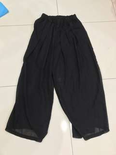 Black Culottes
