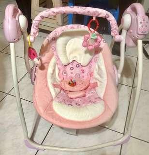 嬰兒三段電動式音樂搖籃