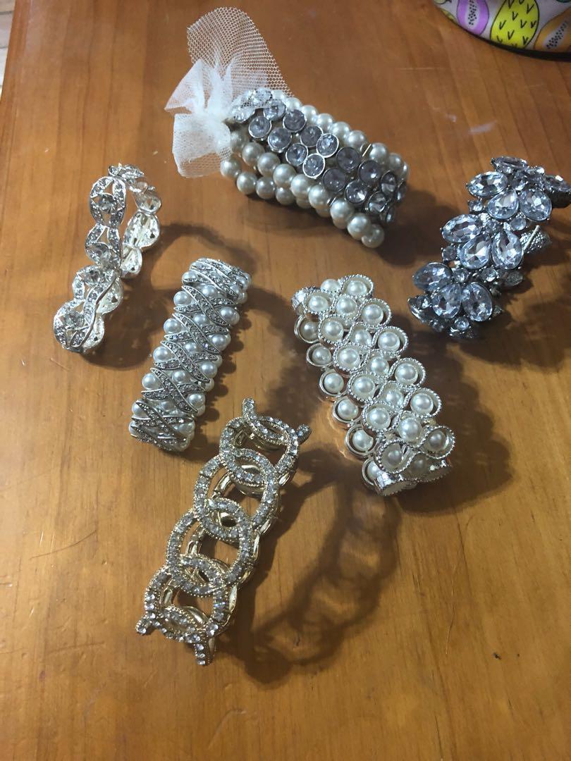 Blingy bracelets