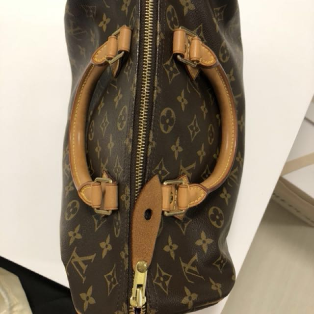 Louis Vuitton Speedy - Old design without shoulder strap, Luxury, Bags    Wallets on Carousell 54eb1f2187