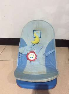 Baby relaxing chair