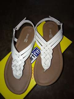 Sandals for 4-6 yrs old girls..