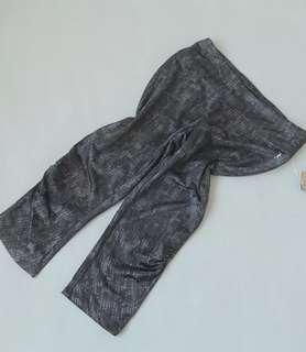100560運動跑步瑜伽健身花紋速乾彈力顯瘦休閒七分褲