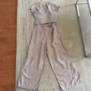 🚨 price drop . Aritiza Wilfred brax jumpsuit size 0