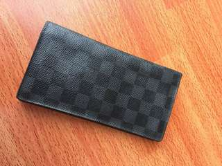 Louis vuittong long wallet damier