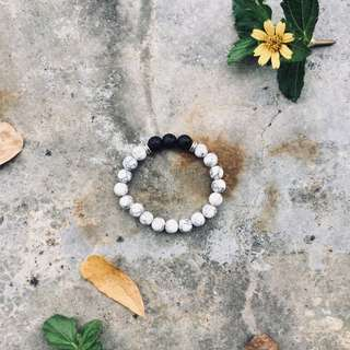 Lava Stone & White Agate Bracelet