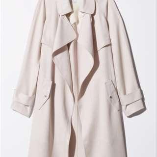 EUC Aritzia Babaton Lawson Trench Coat in Bone Color Size XXS