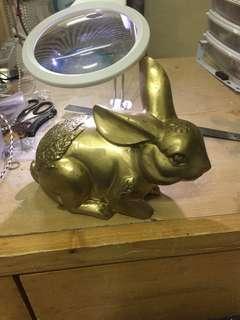 很重的銅 兔仔 不議價 非誠勿擾