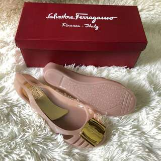 Ferragamo Jelly Shoes Pink