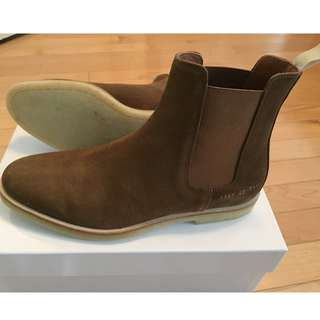 Selling Common Projects Chelsea Boots