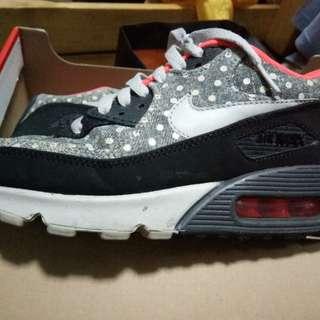 Nike shoes 38.5