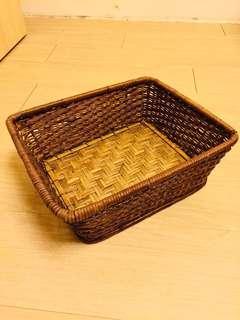 早期藤編竹籃