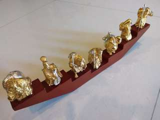 Gold plated display collectible - one set of 7 pcs with stand)